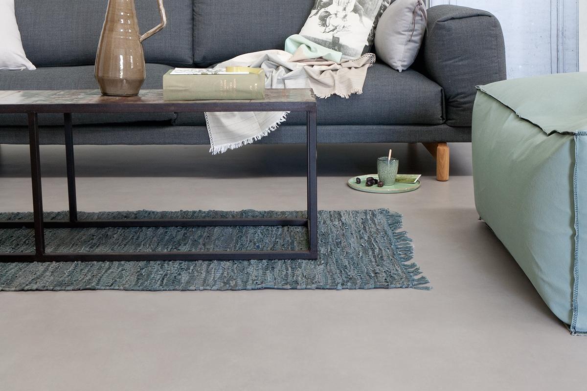 Creëer een stoer, industrieel interieur met een gietvloer of betonlook vloer